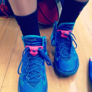 blue bball runners pink Safe Lace